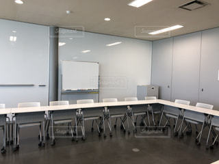 椅子,机,ホワイトボード,会議室