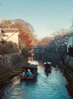 川と船の写真・画像素材[2794316]