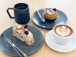 デザートとコーヒーの写真・画像素材[2892849]