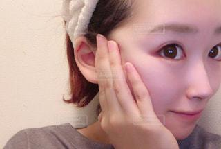 女性,自撮り,髪,手,女の子,指,人物,人,顔,お風呂,アップ,風呂,爪,お風呂上がり,すっぴん,ほっぺ,肌,頬