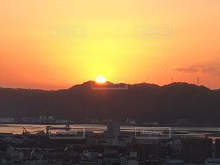 黄色,景色,日差し,日の出,朝陽