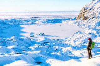 風景,冬,絶景,雪,景色,氷,男,観光,休み,海外旅行,冒険,思い出,氷河,アイスランド,休暇,冬休み,氷の洞窟