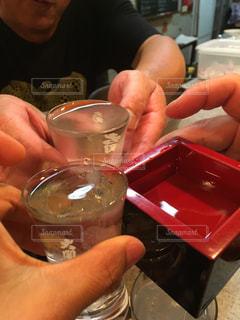 飲み物,日本酒,人物,イベント,グラス,乾杯,ドリンク,パーティー,手元,マス
