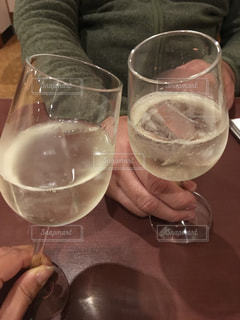 飲み物,人物,ワイン,グラス,乾杯,ドリンク,アルコール,手元