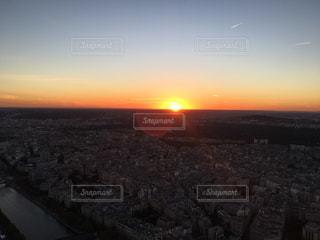 パリのサンセットとオーブの写真・画像素材[1852444]