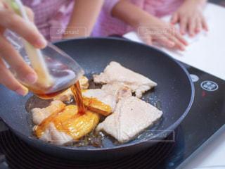 食べ物のボウルの写真・画像素材[2703528]