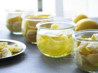 レモンの瓶づめの写真・画像素材[3156605]