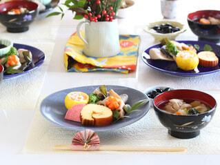 お正月の食卓の写真・画像素材[4053804]