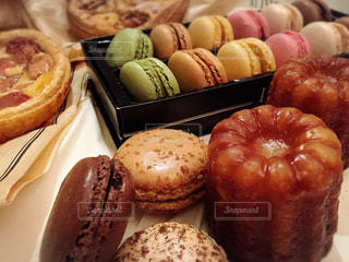 スイーツ,茶色,お菓子,カヌレ,ベージュ,ブラウン,マカロン,ミルクティー,フランス菓子,ミルクティー色