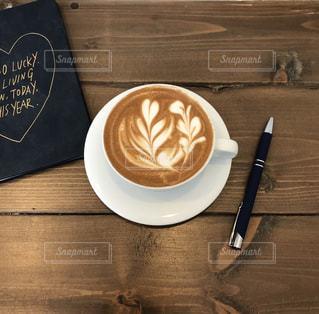 カフェ,コーヒー,茶色,カフェラテ,ラテアート,ブラウン,朝活,ミルクティー色