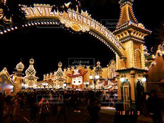 夜の大群衆の写真・画像素材[1876513]