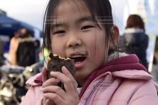 ホクホク焼き芋の写真・画像素材[2670574]