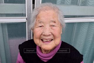 自慢のおばあちゃんの写真・画像素材[2826434]