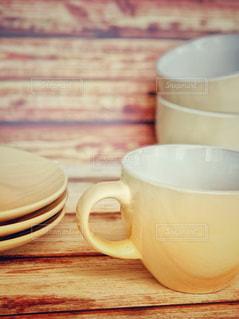 茶色,カップ,ベージュ,木目調,カップ&ソーサー,ミルクティー色,ミルクティーカラー,ミルクティー色フォト♡