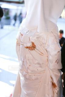 女性,屋外,神社,後ろ姿,結婚式,人物,背中,人,白無垢,鶴,和婚