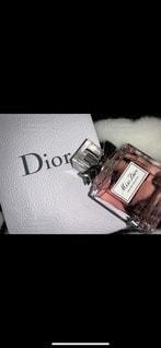 プレゼント,香水,美容,コスメ,化粧品