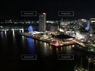 夜の街の景色の写真・画像素材[1939978]