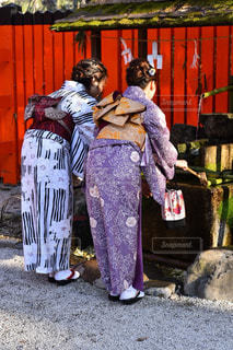 女性,20代,京都,後ろ姿,散歩,観光地,人物,背中,着物,人,旅行,旅,お寺,休暇,美,友人,おしゃれ