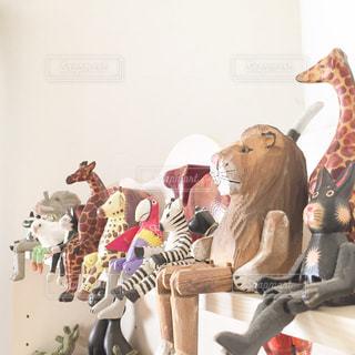 インテリア,動物,茶色,置物,明るい,ベージュ,木彫,木彫り,ミルクティー色