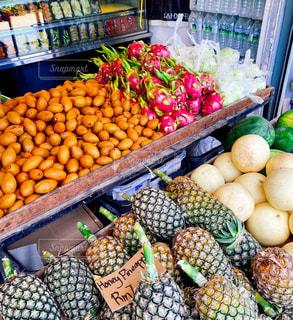 新鮮な食材をたっぷり使った店の写真・画像素材[3148438]