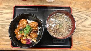 ランチ,丼,焼き鳥,セット,蕎麦,おみっちゃん