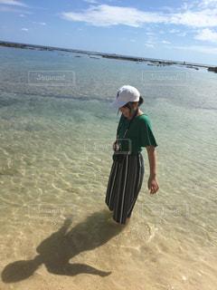 沖縄の海の写真・画像素材[2100754]