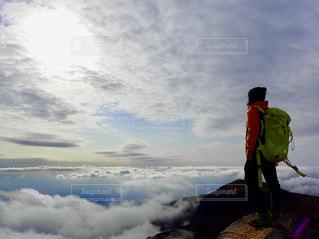 雲海と太陽の写真・画像素材[2877939]
