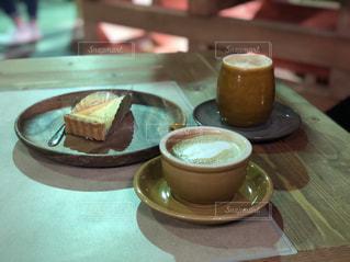 カフェ,木,北海道,ハンモック,カプチーノ,美味しい,小樽,チーズケーキ,うまい,オススメ,おすすめ,ミルクティー色