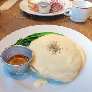 あまじょっぱくて美味しいチーズパンケーキの写真・画像素材[2255061]