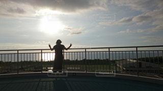 風景,海,空,夕日,後ろ姿,人,展望台