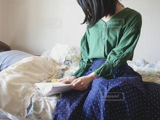 読書タイムの写真・画像素材[2099510]