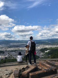 家族,景色,ピクニック,人物,背中,後姿,山登り,大文字山
