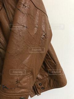ファッション,レディース,茶色,洋服,ブラウン,ジャケット,革,皮,劣化,革ジャン,合皮,割れ目