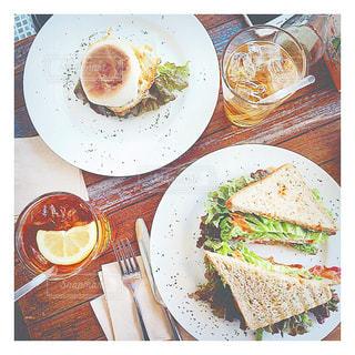 カフェ,食事,ランチ,オシャレ,可愛い,サンドイッチ,cafe,休日,thebakerstable