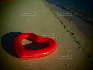 海,夕日,赤,ビーチ,砂浜,夕方,ハート,浮き輪