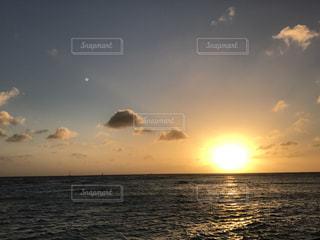 ハワイの夕日の写真・画像素材[2011733]