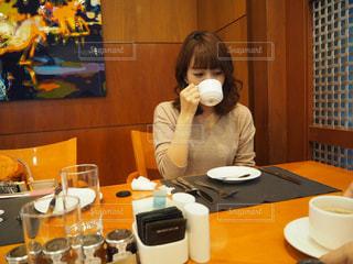 ホテルの朝食での写真・画像素材[2066892]