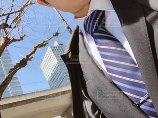 スーツに着せられてる就活生の写真・画像素材[1925490]