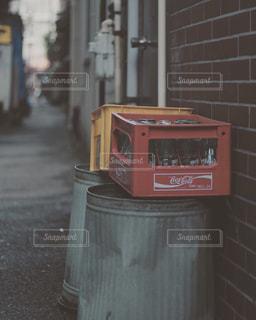 屋外,レトロ,フィルム,下町,路地裏,空き瓶,フィルム写真,フィルム調,フィルムフォト