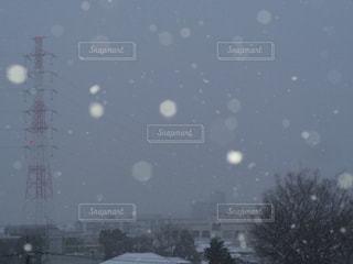 雪の水玉模様の写真・画像素材[2500116]