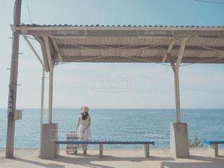 夏の一人旅の写真・画像素材[2513780]