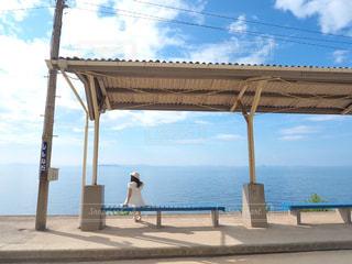海が見える駅の写真・画像素材[3242396]