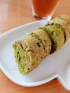 抹茶パウンドケーキの写真・画像素材[3270507]