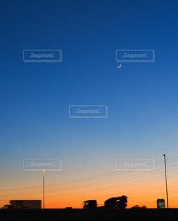 自然,風景,空,屋外,夕暮れ,シルエット,月,三日月,マジックアワー,夕空