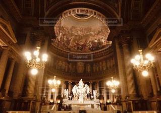 茶色,フランス,パリ,ベージュ,マドレーヌ寺院,ミルクティー色,聖女マグダラのマリア