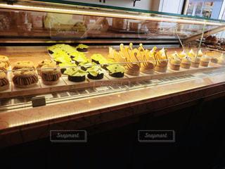 パリのケーキたちの写真・画像素材[2003856]