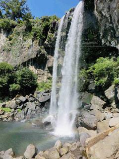 済州島 正房瀑布の写真・画像素材[2034069]