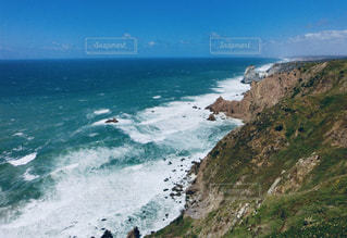 海,青,水,波,青い海,ポルトガル,リスボン,しぶき,ロカ岬,波頭