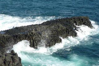 波の写真・画像素材[2107851]