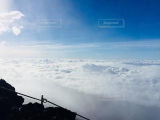 雪の覆われた山々 の景色の写真・画像素材[1416060]